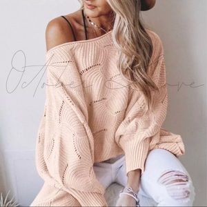 Knit sweater/top